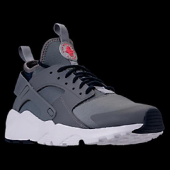 Men's Nike Huarache Run Ultra Size 13